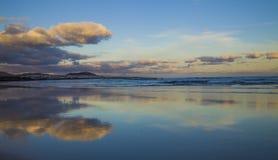 Famara-Strand, Lanzarote, Atlantik lizenzfreie stockbilder
