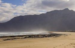 Famara-Strand, Lanzarote, Atlantik stockfoto