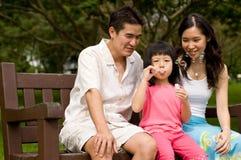 Famiglia all'aperto Fotografia Stock