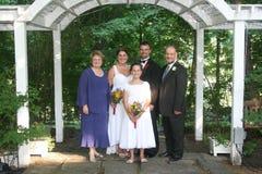 Famiglia alla cerimonia nuziale Fotografie Stock Libere da Diritti