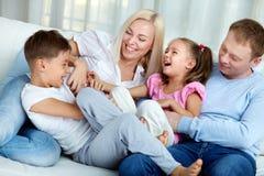 Famiglia allegra Fotografie Stock Libere da Diritti