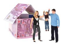 Famiglia con il ragazzo d'attaccatura e l'euro collage della casa Fotografia Stock Libera da Diritti