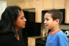 Famiglia in cucina Fotografie Stock Libere da Diritti