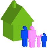 Famiglia di quattro con la casa Immagine Stock Libera da Diritti