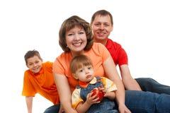 Famiglia felice con due ragazzi Immagine Stock Libera da Diritti