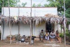Famiglia indiana del villaggio Immagine Stock
