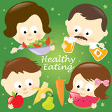 Famiglia mangiante in buona salute Immagine Stock Libera da Diritti