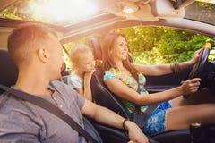 Famiglia sul viaggio fotografia stock libera da diritti