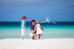 Famiglia sulla vacanza Fotografia Stock Libera da Diritti