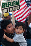 Famiglie immigrate su marzo Fotografia Stock