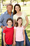 Familia al aire libre foto de archivo libre de regalías