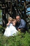 Familia cariñosa imagen de archivo libre de regalías