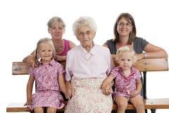familia de 4 generaciones Imagen de archivo libre de regalías