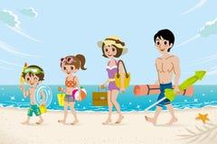 Familia de los trajes de baño en la playa Imagenes de archivo