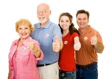 Familia de votantes - Thumbsup Foto de archivo