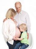 Familia embarazada Fotografía de archivo libre de regalías