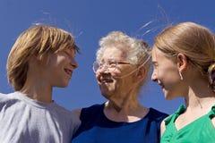 Familia en el cielo Fotos de archivo