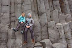Familia en Islandia imágenes de archivo libres de regalías