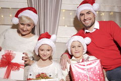 Familia en la Navidad Fotografía de archivo libre de regalías