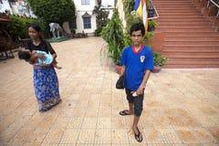 Familia en Phnom Penh Imágenes de archivo libres de regalías