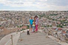 Familia en punto de observación Fotografía de archivo