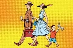 Familia en un paseo Fotografía de archivo libre de regalías