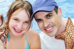 Familia en vacaciones tropicales Imagen de archivo