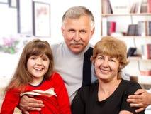 Familia feliz. fotografía de archivo