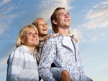 Familia feliz al aire libre Foto de archivo