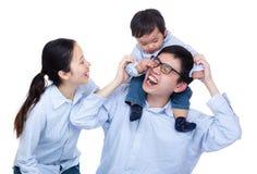 Familia feliz de Asia foto de archivo libre de regalías