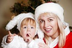 Familia feliz del retrato en la Navidad Fotografía de archivo