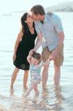 Familia feliz en las vacaciones Imagen de archivo libre de regalías