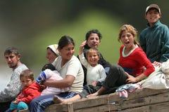 Familia gitana en un carro Foto de archivo libre de regalías