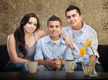 Familia hispánica de tres Fotos de archivo libres de regalías