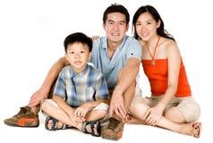 Familia joven junto fotografía de archivo libre de regalías