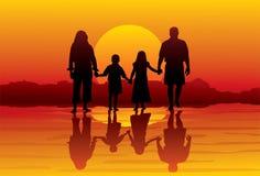 Familia-playa Fotografía de archivo libre de regalías