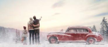 Familia que disfruta de viaje por carretera Imagen de archivo
