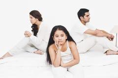 Familia que parece triste Fotos de archivo libres de regalías