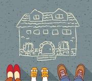 Familia sin hogar que sueña sobre propia hipoteca casera Fotografía de archivo libre de regalías