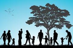 Familias en el parque Imágenes de archivo libres de regalías