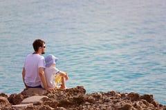 Familie auf Ferien Stockbilder