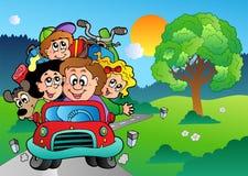 Familie in auto die op vakantie gaat Royalty-vrije Stock Afbeeldingen