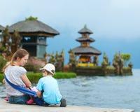 Familie in Bali royalty-vrije stock afbeelding