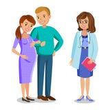 Familie bezoekende arts in kliniek, verwachtende ouders Stock Afbeeldingen