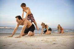 Familie bij het strand Royalty-vrije Stock Afbeelding