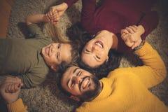 Familie, das größte Geschenk des Lebens stockfotografie