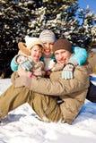 Familie in de winterpark Stock Foto