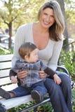 Familie: De Zoon van de moeder en van de Baby Stock Foto's