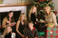Familie der frohen Weihnachten Stockfotografie