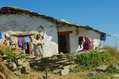 Familie die Himalayagebergte werken Royalty-vrije Stock Afbeelding